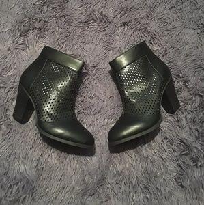 Ankle booties NWOTsize 8.5